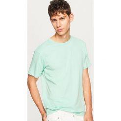 Gładki t-shirt - Zielony. Zielone t-shirty męskie Reserved, m. Za 19,99 zł.