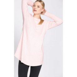 Swetry klasyczne damskie: Jasnoróżowy Sweter Chronology