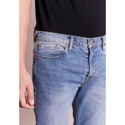 PS by Paul Smith Jeansy Zwężane light blue denim. Niebieskie jeansy męskie marki PS by Paul Smith. W wyprzedaży za 434,85 zł.
