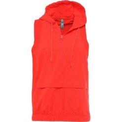 Adidas by Stella McCartney TRAIN HOOD GILE Kamizelka core red. Czerwone kamizelki damskie adidas by Stella McCartney, l, z elastanu. Za 399,00 zł.