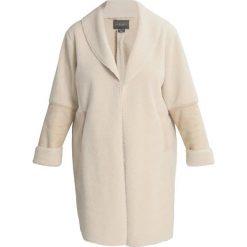 Płaszcze damskie pastelowe: New Look Curves SHEARLING CHUCK ON Płaszcz zimowy cream