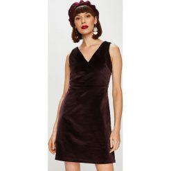 Trendyol - Sukienka. Szare sukienki mini marki Trendyol, na co dzień, z bawełny, casualowe, proste. Za 89,90 zł.
