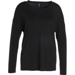 Onzie BRAID BACK Bluzka z długim rękawem black. Czarne bluzki damskie Onzie, z elastanu, z długim rękawem. W wyprzedaży za 174,30 zł.