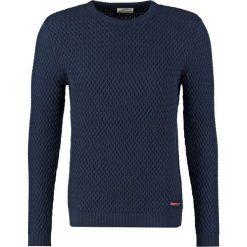 Knowledge Cotton Apparel SMALL DIAMOND Sweter total eclipse. Niebieskie swetry klasyczne męskie Knowledge Cotton Apparel, m, z bawełny. Za 459,00 zł.