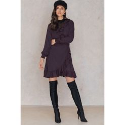Sukienki hiszpanki: Just Female Kopertowa sukienka Hiro – Multicolor,Navy