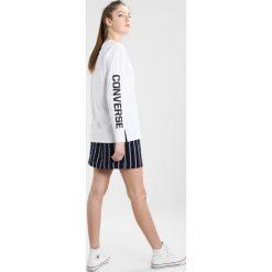 Converse STREET SPORT LONG SLEEVE Bluzka z długim rękawem white. Białe bluzki damskie Converse, xl, z bawełny, z długim rękawem. Za 149,00 zł.