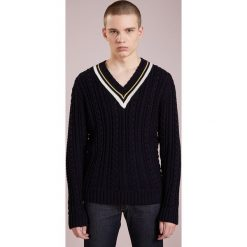 Swetry klasyczne męskie: Band of Outsiders PREPPY CABLE JUMPER Sweter navy