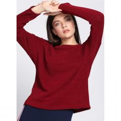 Bordowy Sweter Person Upstairs. Czerwone swetry klasyczne damskie Born2be, na jesień, uniwersalny. Za 59,99 zł.