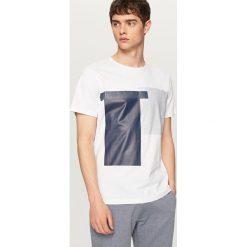 T-shirty męskie: T-shirt z geometrycznym nadrukiem – Biały