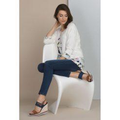 Swetry rozpinane damskie: Sweter-bolerko z dżetami