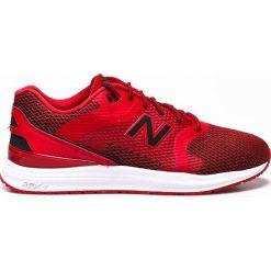 New Balance - Buty. Czerwone halówki męskie marki New Balance, z gumy. W wyprzedaży za 219,90 zł.