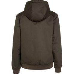 DC Shoes ELLIS Kurtka zimowa green. Czarne kurtki chłopięce zimowe marki DC Shoes, z bawełny. W wyprzedaży za 350,10 zł.