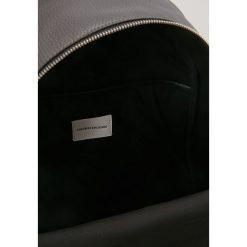 Calvin Klein Jeans PEBBLE BACKPACK  Plecak grey. Szare plecaki męskie Calvin Klein Jeans, z jeansu. Za 629,00 zł.
