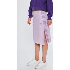 Adidas Originals - Spódnica. Szare spódniczki dzianinowe marki adidas Originals, z podwyższonym stanem, midi, proste. W wyprzedaży za 179,90 zł.