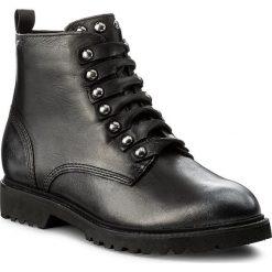 Botki TAMARIS - 1-25959-39 Black 001. Czarne buty zimowe damskie marki Tamaris, z polaru, na obcasie. W wyprzedaży za 269,00 zł.