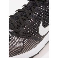 Nike Performance FLYKNIT RACER Obuwie do golfa black/white. Czarne buty sportowe męskie marki Nike Performance, z materiału, na golfa. Za 759,00 zł.