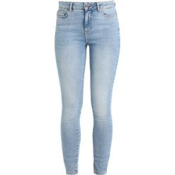 Vero Moda VMSEVEN Jeans Skinny Fit light blue denim. Niebieskie rurki damskie Vero Moda. Za 169,00 zł.