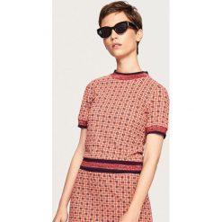 T-shirt w stylu retro - Wielobarwn. Różowe t-shirty damskie Reserved, l. Za 69,99 zł.
