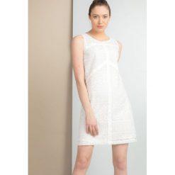 Sukienki: Sukienka z ażurowym panelem