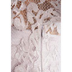 Swing Sukienka koktajlowa silver. Szare sukienki koktajlowe marki Swing, z elastanu. W wyprzedaży za 434,85 zł.