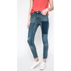 Lee - Jeansy Scarlett High. Niebieskie jeansy damskie Lee, z bawełny, z podwyższonym stanem. W wyprzedaży za 349,90 zł.
