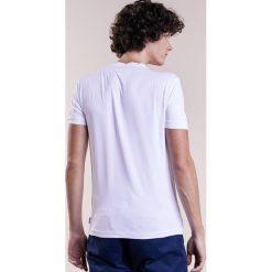 Armani Collezioni BASIC Tshirt basic bianco. Białe koszulki polo marki Armani Collezioni, m, z elastanu. W wyprzedaży za 314,25 zł.