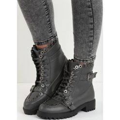 Ciemnoszare Botki Stylish. Czarne buty zimowe damskie Born2be, na niskim obcasie. Za 89,99 zł.