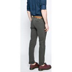 Chinosy męskie: Review – Spodnie