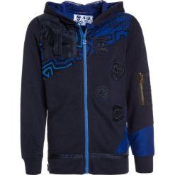 Desigual LUIS Bluza rozpinana navy. Niebieskie bluzy chłopięce rozpinane marki Desigual, z bawełny. W wyprzedaży za 223,20 zł.