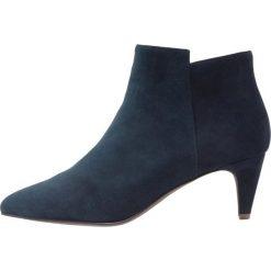 KIOMI Ankle boot dark blue. Niebieskie botki damskie skórzane marki KIOMI. Za 379,00 zł.