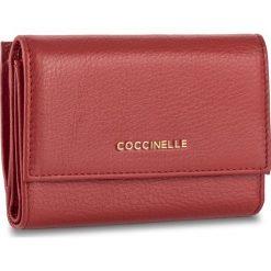 Duży Portfel Damski COCCINELLE - BW5 Metallic Soft E2 BW5 11 66 01 Coquelicot 209. Czarne portfele damskie marki Coccinelle. W wyprzedaży za 379,00 zł.