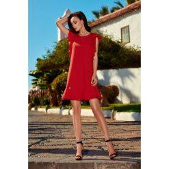 Sukienki balowe: Wizytowa sukienka z falbankami czerwony