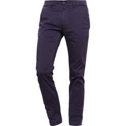 Chinosy męskie: BOSS CASUAL SLIM  Spodnie materiałowe dark blue