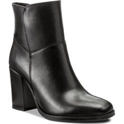 Botki LASOCKI - 70447-01 Czarny. Czarne buty zimowe damskie Lasocki, ze skóry, na obcasie. Za 279,99 zł.