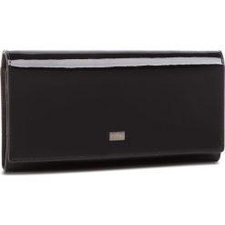 Duży Portfel Damski NOBO - NPUR-LG0030-C020 Czarny Lakier. Czarne portfele damskie marki Nobo, z lakierowanej skóry. W wyprzedaży za 149,00 zł.