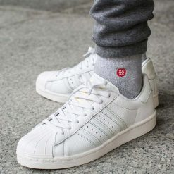 "Buty adidas Superstar Boost ""Vintage White"" (BB0187). Białe buty skate męskie Adidas, z materiału, adidas superstar. Za 249,99 zł."