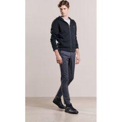 Polo Ralph Lauren Kardigan polo black. Czarne kardigany męskie marki Polo Ralph Lauren, m, z bawełny, polo. W wyprzedaży za 775,20 zł.