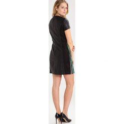 Sukienki hiszpanki: 2nd Day 2ND TILE Sukienka etui black