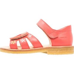 ANGULUS Sandały coral red. Czerwone sandały chłopięce ANGULUS, z materiału. W wyprzedaży za 494,10 zł.