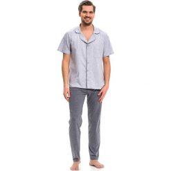 Piżama w kolorze szarym - koszula, spodnie. Szare koszule męskie na spinki Doctor Nap, m. W wyprzedaży za 79,95 zł.