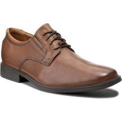 Półbuty CLARKS - Tilden Plain 261300977 Dark Tan Leather. Brązowe półbuty skórzane męskie Clarks. W wyprzedaży za 219,00 zł.