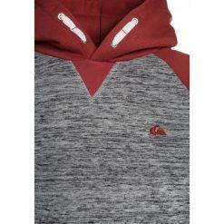 Quiksilver Bluza z kapturem mineral red. Szare bluzy chłopięce rozpinane marki Quiksilver, krótkie. Za 189,00 zł.
