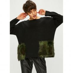 Silvian Heach - Sweter. Czarne swetry oversize damskie marki Silvian Heach, l, z dzianiny. W wyprzedaży za 279,90 zł.