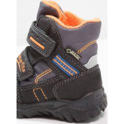 Superfit HUSKY1 Śniegowce schwarz/multicolor. Czarne buty zimowe chłopięce marki Superfit, z materiału. W wyprzedaży za 164,45 zł.
