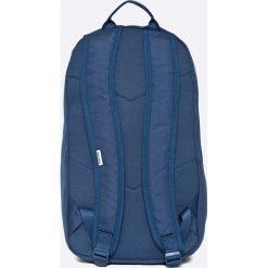 Converse - Plecak. Niebieskie plecaki męskie marki Converse, w paski, z materiału. Za 129,90 zł.