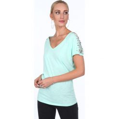 Bluzka ze zdobionymi rękawami miętowa ZZ1106. Zielone bluzki damskie Fasardi, l. Za 49,00 zł.