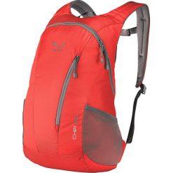 """Plecak """"Chip"""" w kolorze czerwonym - 50 x 31 x 22 cm. Czerwone plecaki męskie Salewa. W wyprzedaży za 117,95 zł."""