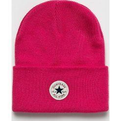 Converse - Czapka. Różowe czapki zimowe damskie marki Converse, na zimę, z dzianiny. Za 89,90 zł.