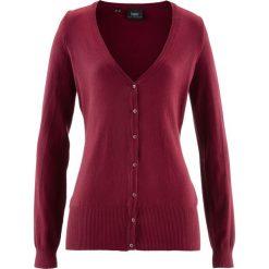 Sweter rozpinany bonprix bordowy. Czerwone kardigany damskie marki bonprix. Za 59,99 zł.