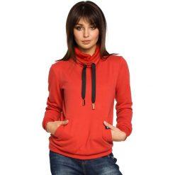 Bluzy sportowe damskie: Czerwona Bluza z Wysokim Kołnierzem